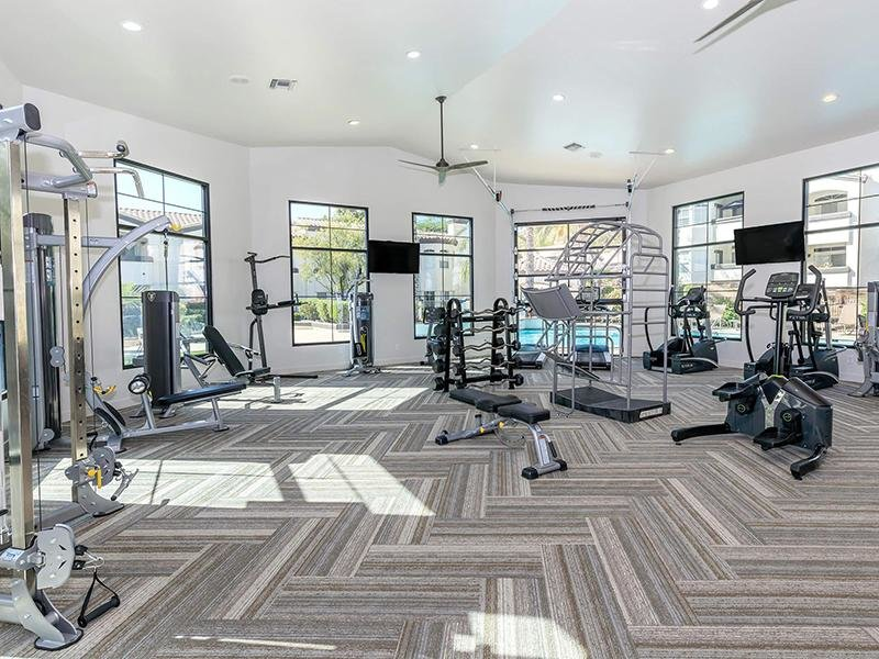 Resident Gym | Pinnacle Heights Tucson Apartments