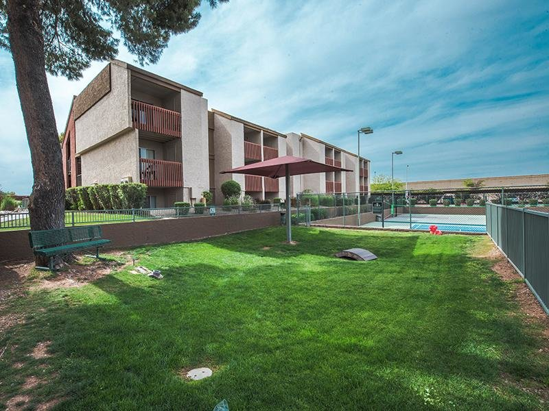 Exterior Open Area | Waterstone Apartments Mesa