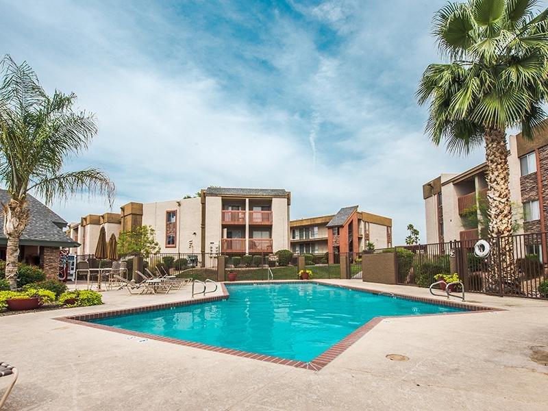 Pool | Apartments in Mesa, AZ