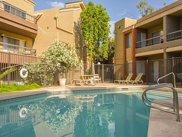 Swimming Pool   Crystal Creek Apartments in Arizon