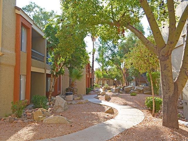 Phoenix apartments apartments in phoenix az crystal - Cheap 2 bedroom apartments in phoenix az ...