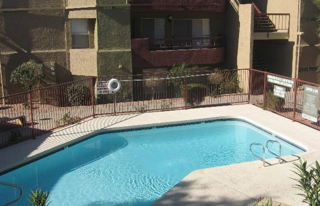 Crystal Creek AZ Apartments in Phoenix, AZ