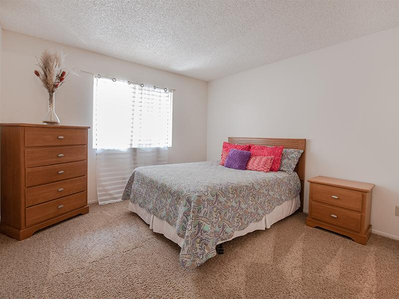 Photo Gallery at Ventana Palms Apartment in Phoenix, AZ