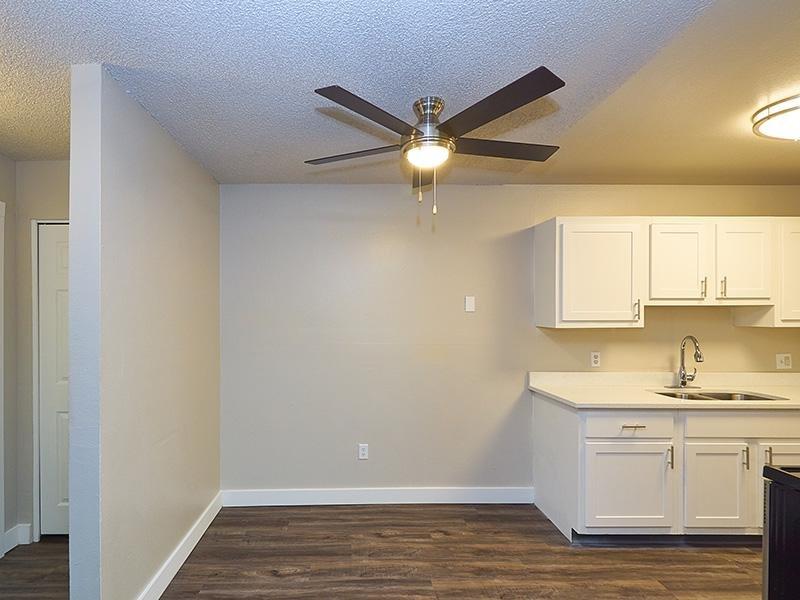 Dining Room   Aspire Salt Lake Apartments