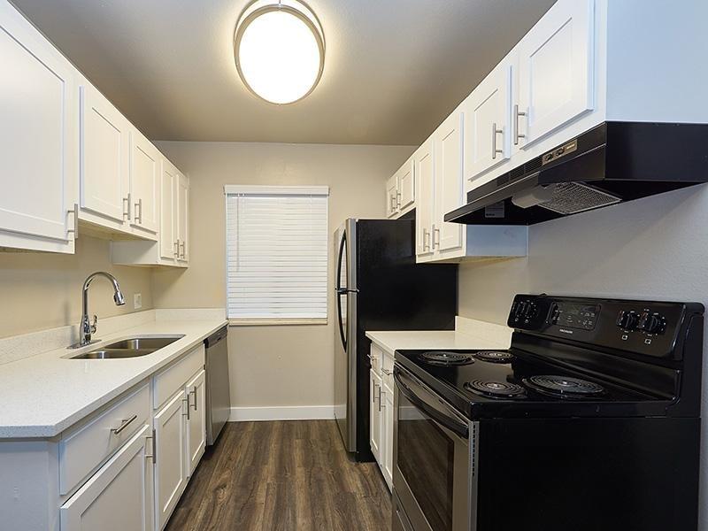 Kitchen   Aspire Salt Lake Apartments