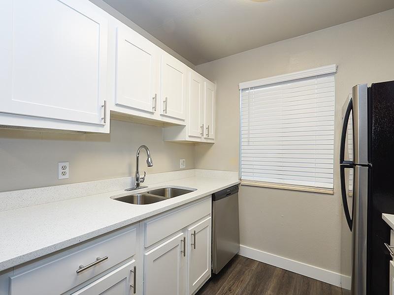 Kitchen Counters   Aspire Salt Lake Apartments