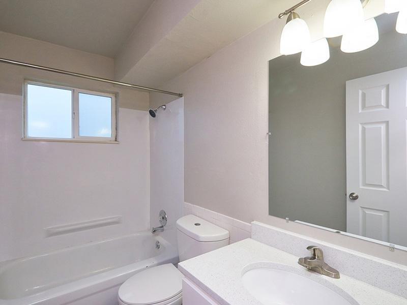 Bathroom   Aspire Salt Lake Apartments