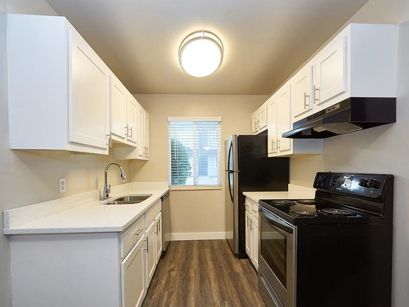 Fully Equipped Kitchen   Aspire Salt Lake Apartments