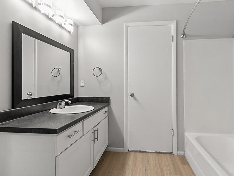 Bathroom   Aspire West Valley Apartments