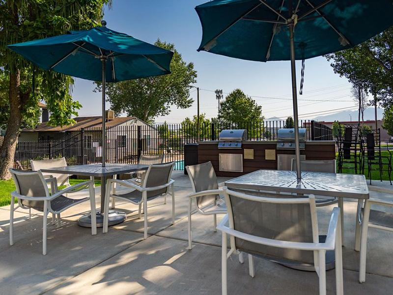 Grills   Aspire West Valley Apartments
