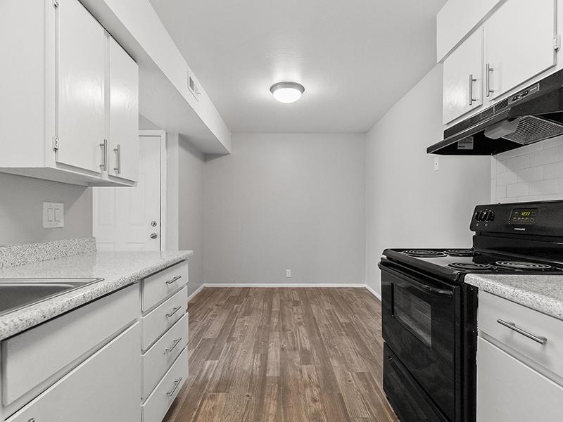 Kitchen Appliances   Aspire West Valley Apartments