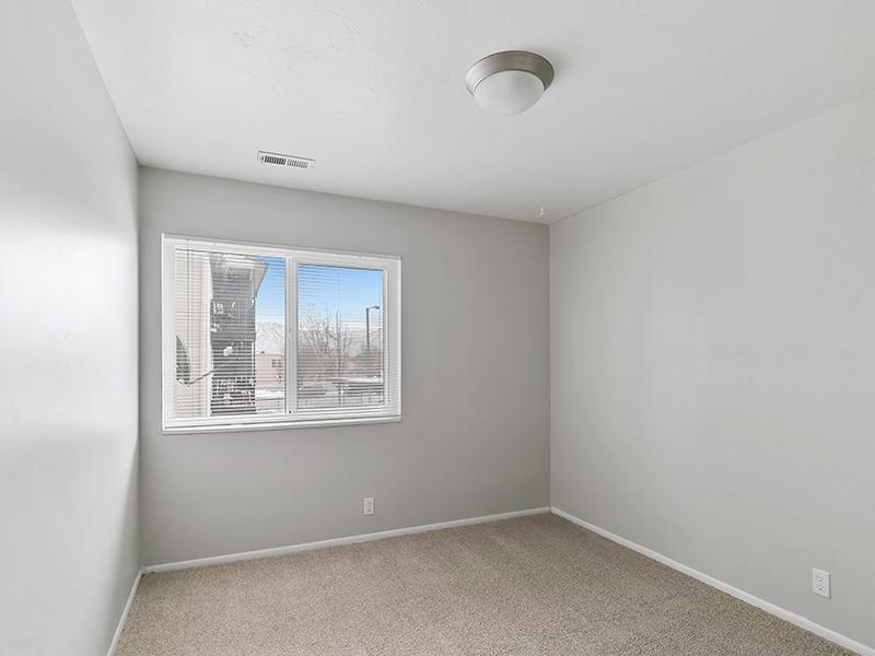 Spacious Bedroom   Aspire West Valley Apartments