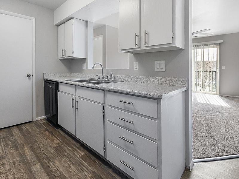 Kitchen Countertops   Aspire West Valley Apartments