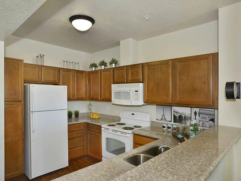 Kitchen | Birkhill Apartments in Murray, UT