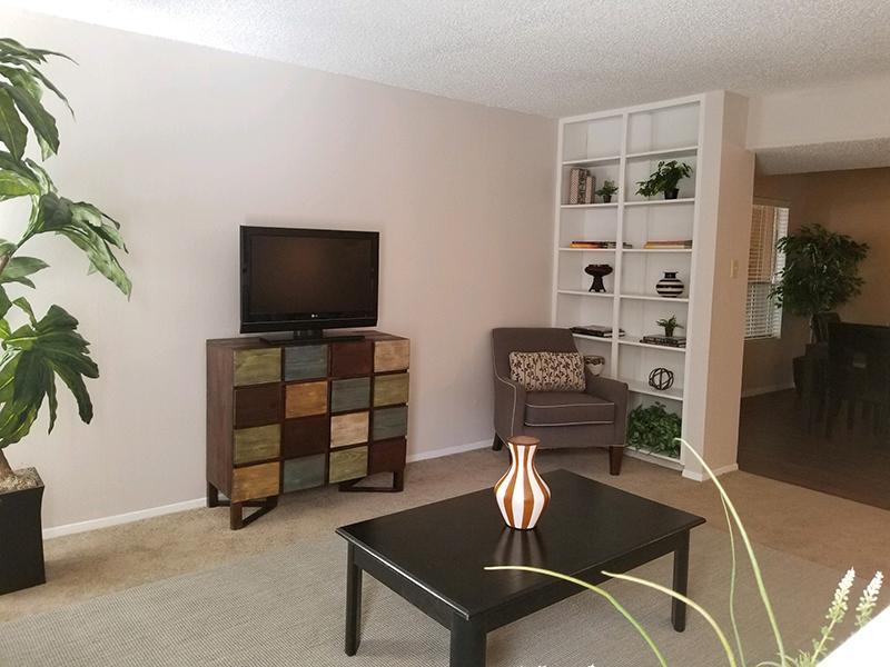 Front Room | Butterfield Trail Apartments