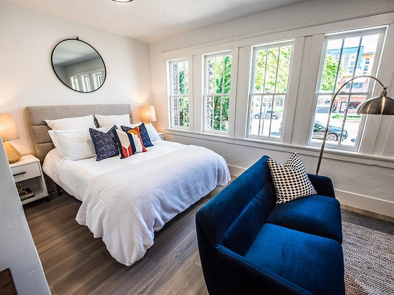 Hardwood Floor | Clairmont Apartments