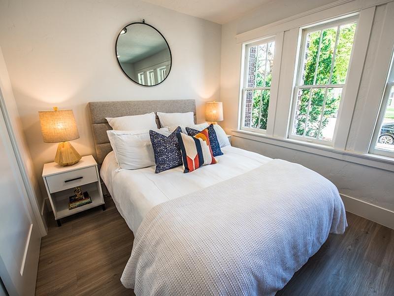 Bedroom | Clairmont Apartments
