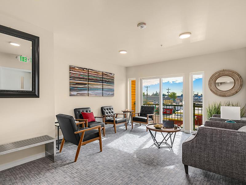 Resident Lounge | Cubix North Park in Seattle, WA
