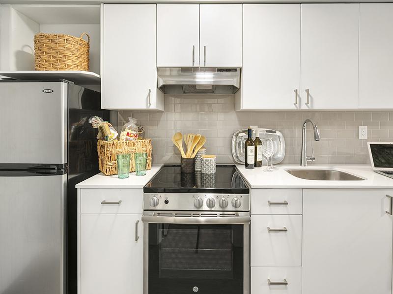 Kitchen | 1 Bedroom | Cubix Crown Hill
