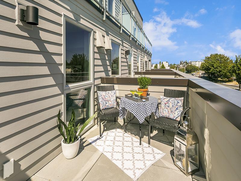 Balcony | 1 Bedroom | Cubix Crown Hill