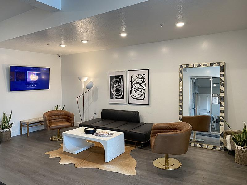 Lobby | District North Apartments