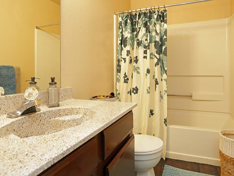 Bathroom | Greens of Hickory Trails