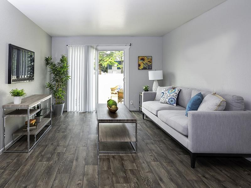 Living Room | Hidden Pointe