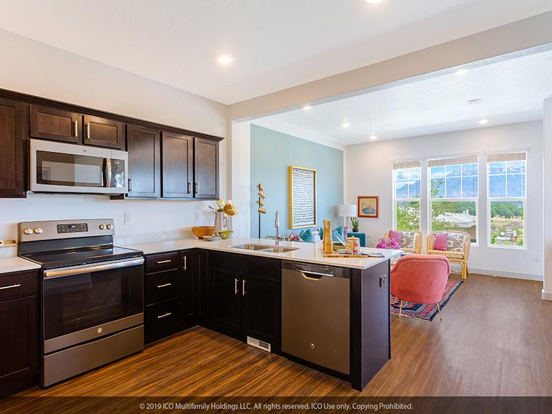 Jordan View Townhomes | Kitchen