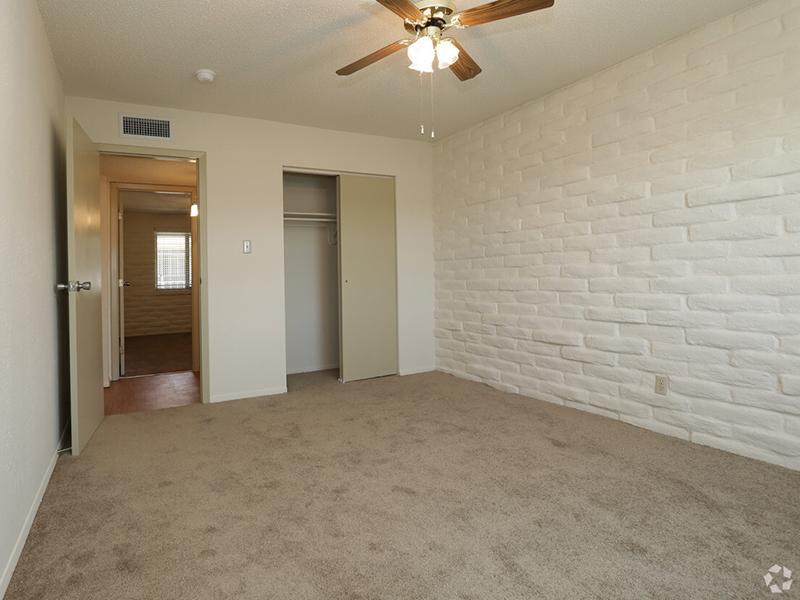 Bedroom   Kings Hill Apartments in El Paso