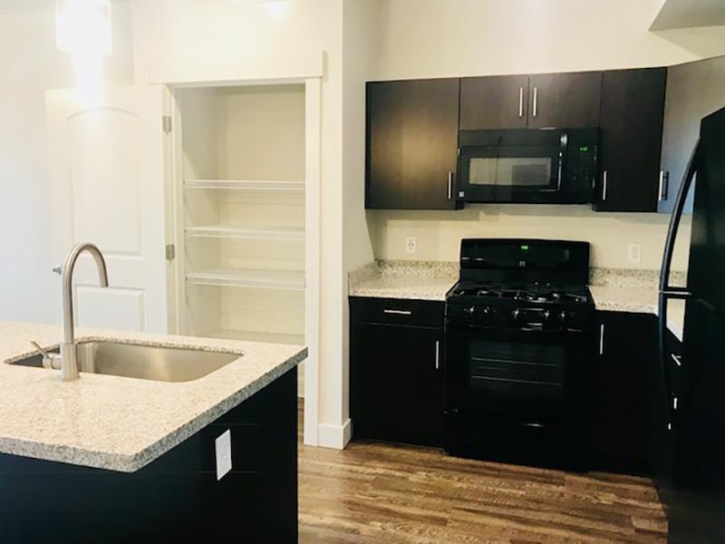 Kitchen | Legacy Ridge Apartments