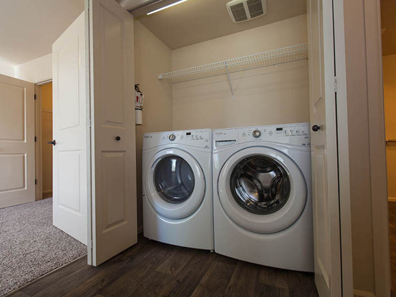 Washer & Dryer | The Outlook Apartments in Graham, WA