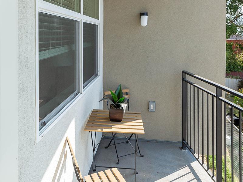 Balcony | Paxton 365 Apartments