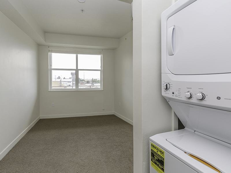 Washer & Dryer In Unit | Paxton 365 Apartments