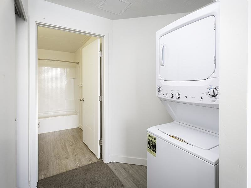 Apartments with a Washer & Dryer