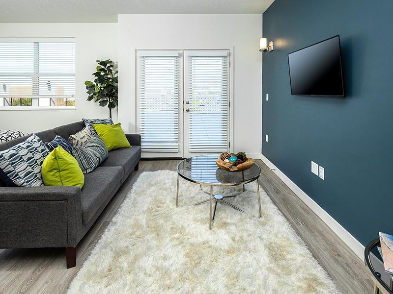 Studio | Paxton 365 Apartments