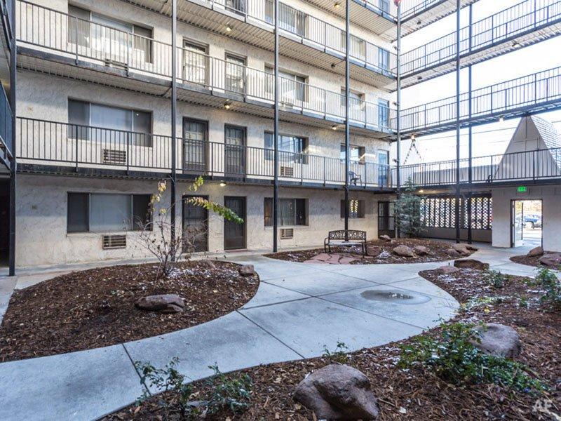 Courtyard | Postmark at Littleton Apartments in Littleton, CO