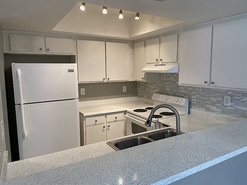 Fully Equipped Kitchen | The Reserve at Andover