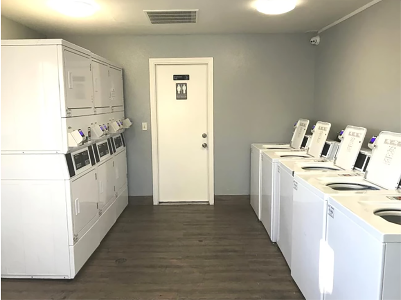 Laundry Facility | The Reserve at Andover