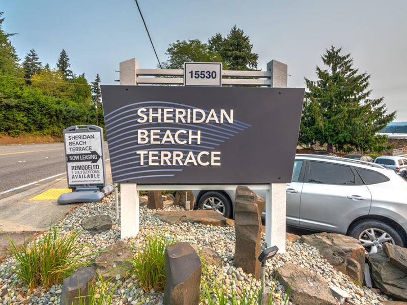 Welcome Sign | Sheridan Beach Terrace