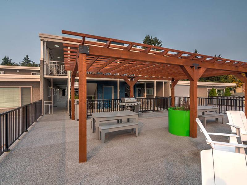 Outdoor Lounge | Sheridan Beach Terrace