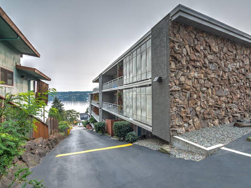 Exterior | Sheridan Beach Terrace