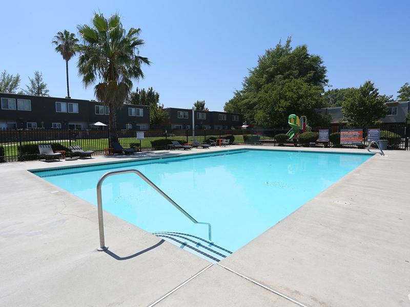 Swimming Pool | Sierra Park Townhomes