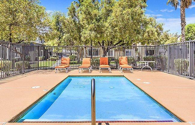 Silver Creek Apartments in Las Vegas, NV