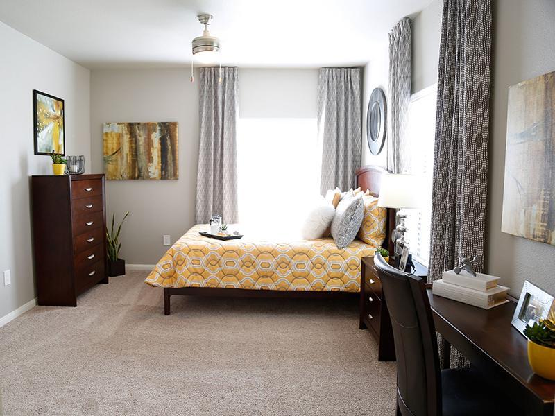 Bedroom | High Rock 5300