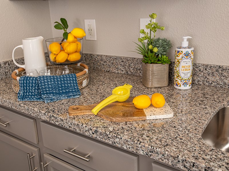 Fully Equipped Kitchen | High Rock 5300 Apartments in Sparks, NV