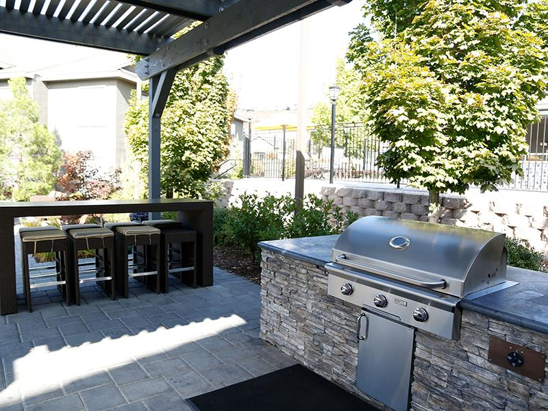 BBQ Area | High Rock 5300 Apartments in Sparks NV