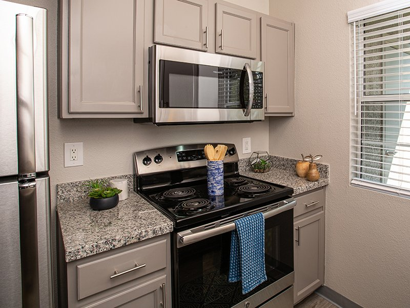 Kitchen | High Rock 5300 Apartments in Sparks, NV
