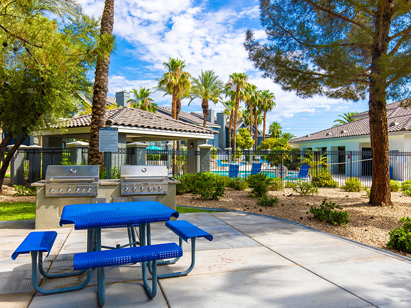 BBQ Area | Palms at Peccole Ranch Apartments in Las Vegas, NV