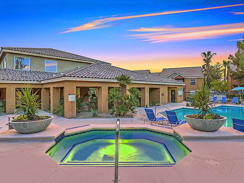 Swimming Pool | Palms at Peccole Ranch 89117 Apartments