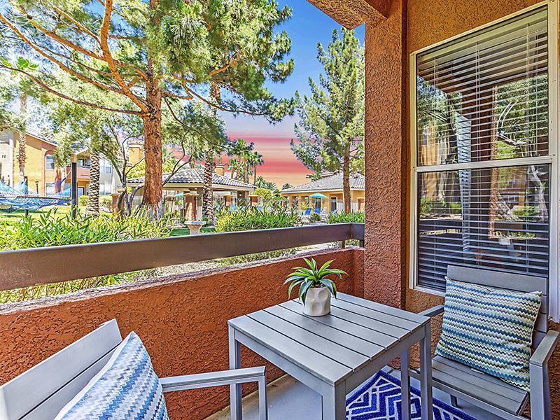 Apartments With Private Balcony | Palms at Peccole Ranch Apartments in Las Vegas NV